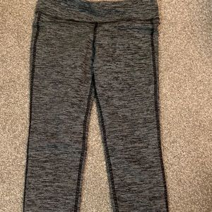 White and Black Capris Leggings
